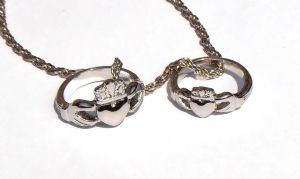 Buffy & Angel CLADDAGH Ring Set Necklace The Vampire Slayer, Inspired by Buffy Prop Replica